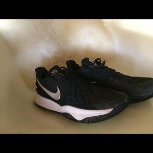 pretty nice d32a6 4e5d8 Nike Kyrie 4 low